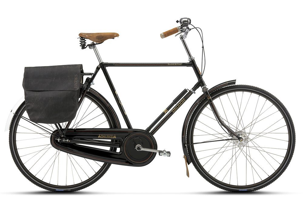 "The ""Tourist De Luxe"" in black from Raleigh in Denmark."