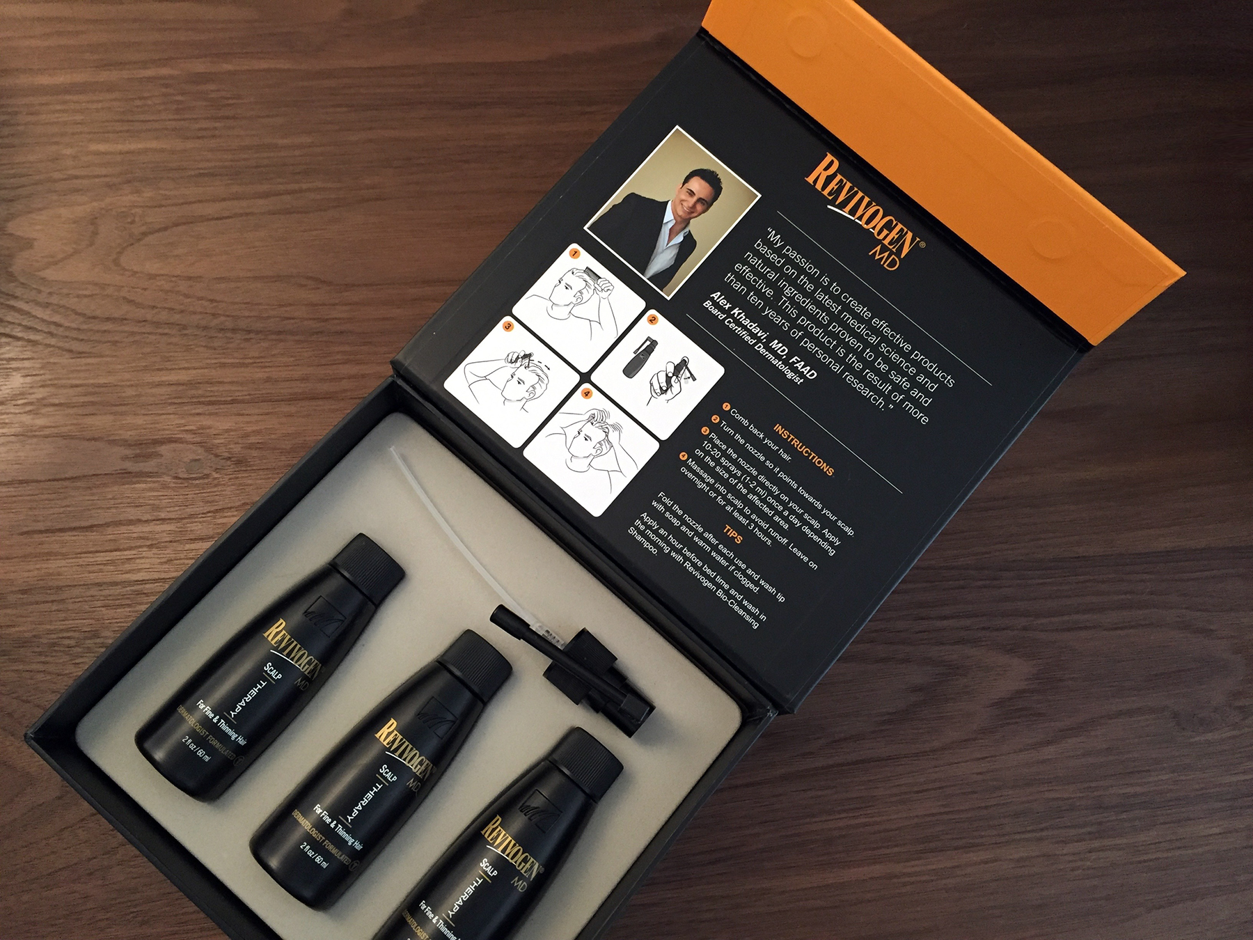 The smart and explicit packaging of the Revivogen MD Scalp Therapy treatment (3-month supply).